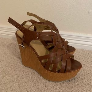 Strappy brown wedges